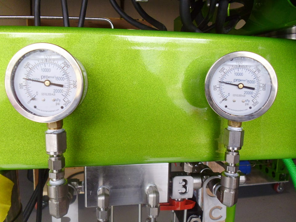 pressure meter for supercritical co2 system